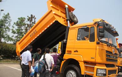 配置海沃阿尔法的自卸车图片
