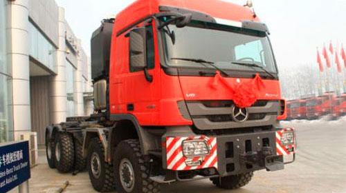 梅赛德斯-奔驰卡车 奔驰Actros 610马力 8X8大件牵引车(4160)