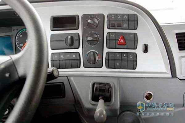 福田 欧曼gtl 6系重卡 430马力 6x4 牵引车(bj4259snfkb-xc