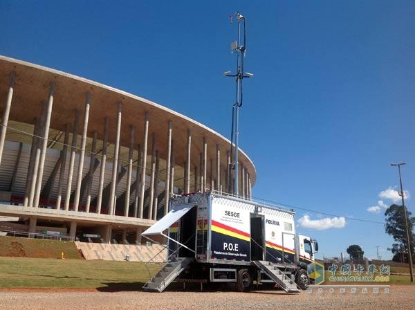 保障通信安全 德国曼向巴西世界杯提供22台通信车