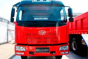 解放 J6L中卡 180马力 4X2 LNG载货车
