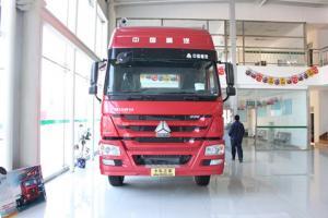 中国重汽 HOWO 6×2后提升式牵引车