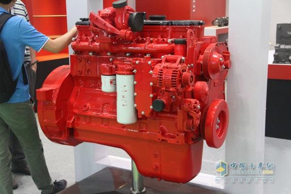 再制造技术产品成亮点 东风康明斯竞技2014内燃机设备展