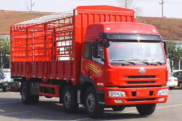 一汽解放青岛 悍V 240马力 6×2天然气载货车