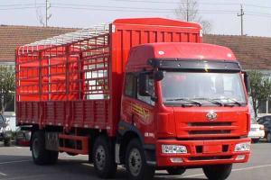一汽解放青岛 途V 400马力 8×4天然气载货车