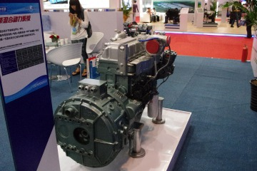 玉柴 YC4EG180-40 4.73 国四发动机