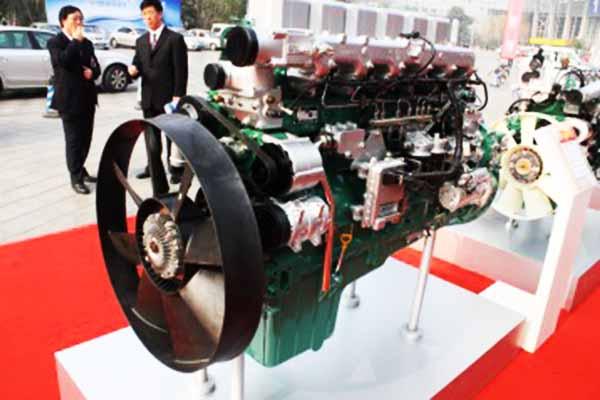一汽锡柴 奥威12.53L 500马力 国四 发动机