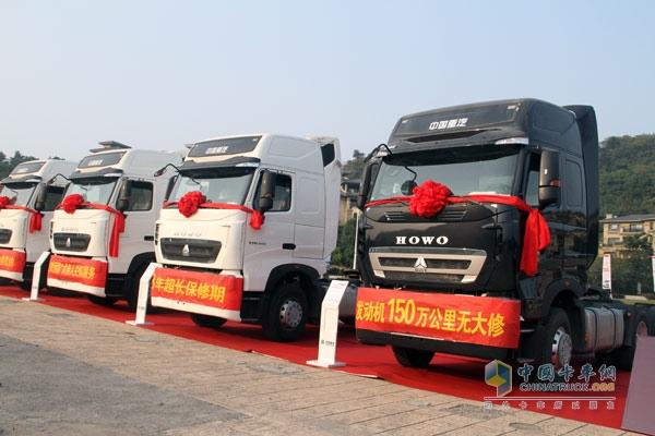 中国重汽HOWO-T5G重卡获越南市场123辆订单