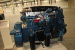 江淮纳威司达 迈斯福7.2L 320马力 国四 发动机
