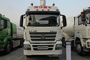 陕汽 德龙新M3000 290马力 8X4 国四 运油车