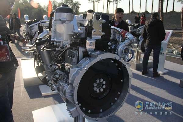 中国重汽 MC05.21-40 201马力 国四发动机