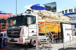福田雷萨 奔驰Actros底盘 8×4 52米泵车 BJ5431THB