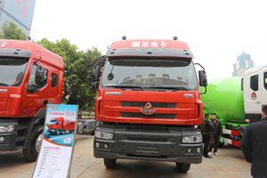 东风柳汽 霸龙M53S 玉柴350马力 国四 8×4载货车