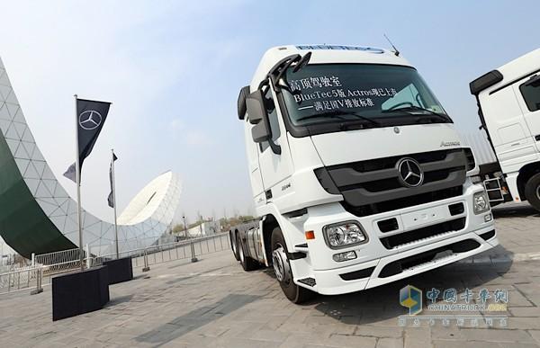 2015梅赛德斯 奔驰牵引车t.c.o.r运盈智汇升级品鉴会全面启幕 高清图片