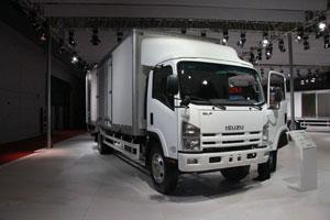 庆铃 五十铃700P 190马力 国四 中型厢式载货车