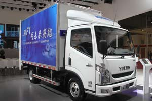 上汽跃进 超越  C300 F1C动力  国五轻卡载货车