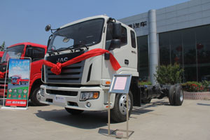 江淮 格尔发K6 165马力 4×2 国四 排半载货车
