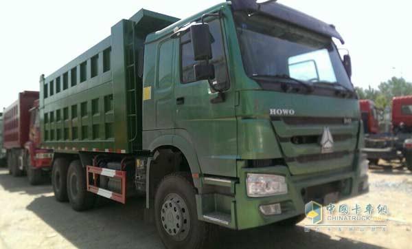 中国重汽豪沃自卸车