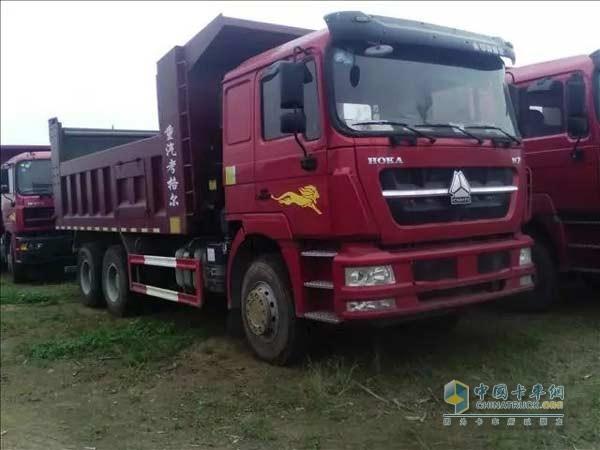 促销:中国重汽豪沃国三自卸车24.5万