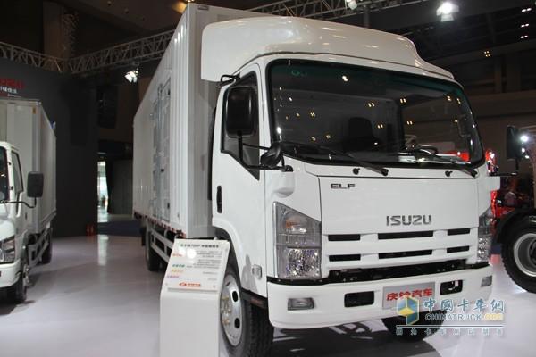 2015重庆车展 细数 非主流 商用车展中的主流卡车高清图片