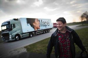新动作!沃尔沃卡车首创电视真人秀 现实之路来啦!