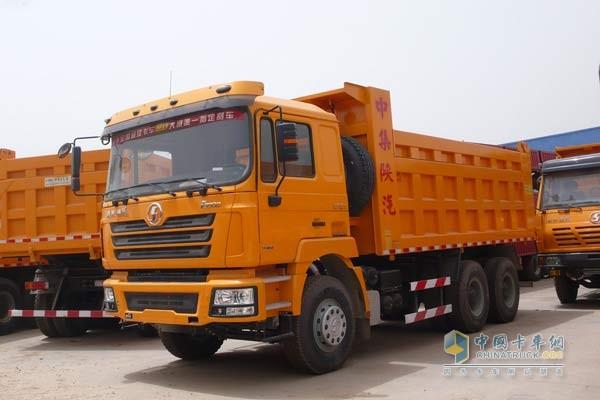 46辆陕汽德龙F3000自卸车交付大同