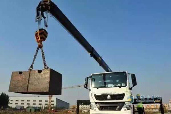 中国重汽计量检衡车