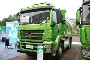 陕汽 德龙新M3000重卡 336马力 6X4 LNG新型渣土车