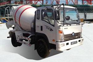 重汽王牌 玉柴130马力 混凝土搅拌运输车