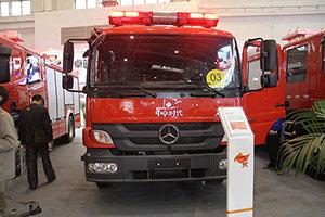 梅赛德斯-奔驰Atego1329底盘城市主战消防车
