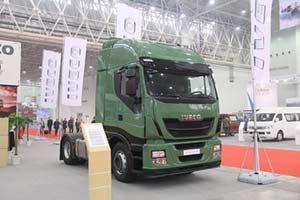 依维柯 STRALIS系列重卡 420马力 4X2 牵引车 (国四)