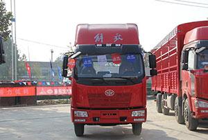 一汽解放 J6L重卡 160马力 4×2 载货车 CA1160P62K1L4E