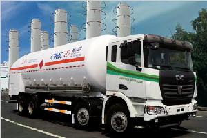 联合卡车 340马力 8×4 LNG加液车(SQR1311N6T6-E)