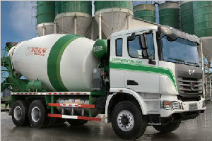 联合卡车 375马力 6×4 LNG搅拌车(SQR5251GJBN6T4-1)