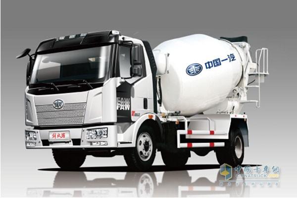 一汽解放 J6L 4X2混凝土搅拌运输车底盘