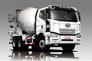 一汽解放 J6P 290马力6X4 混凝土搅拌运输车底盘