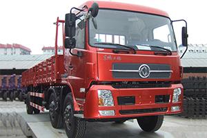 东风天锦中卡 210马力 6×2 排半栏板式载货车