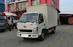 一汽通用 霸铃 84马力 4.315米单排厢式轻卡