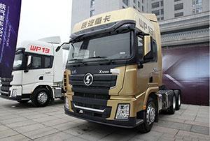 陕汽 德龙X3000黄金版产品外观