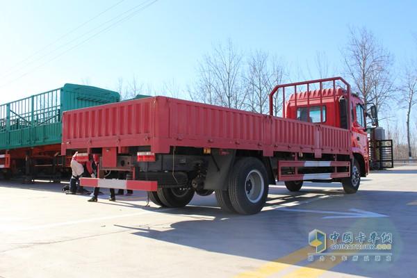 江淮格尔发k3l 160马力 4x2 载货车