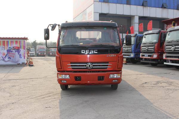 东风多利卡D6 4X2 玉柴115马力 载货车
