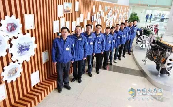 潍柴工程师团队图片