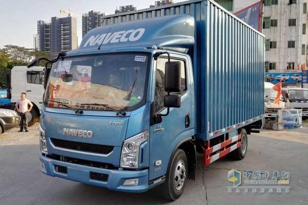 人员:李总   经销商地址:深圳市宝安区107国道鹤洲路口对面世纪车城