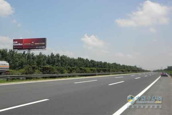 拟在京哈高速公路秦皇岛方向香河主线站,石臼窝收费站,唐津高速公路