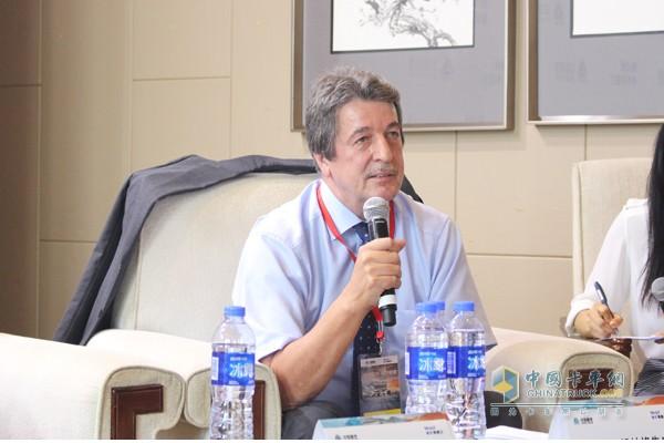 中国重汽(香港)有限公司执行董事弗朗兹•努林格先生