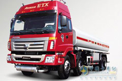 福田戴姆勒 ETX重卡 260马力 8×2 5系油罐车