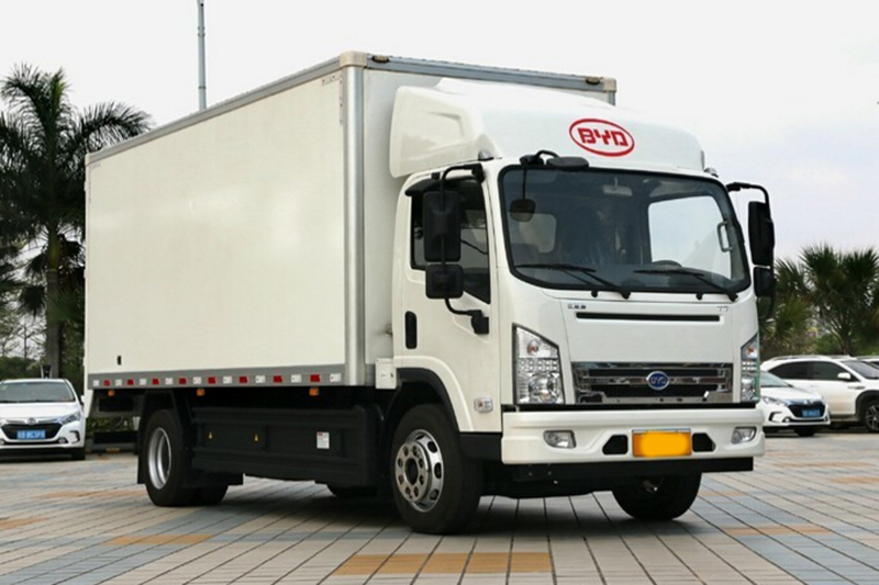 比亚迪T7 11吨 4X2 5.6米纯电动厢式轻卡