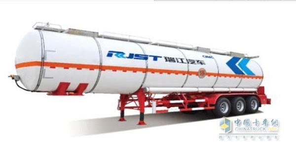 新型结构 瑞江罐体全承载式液罐半挂车