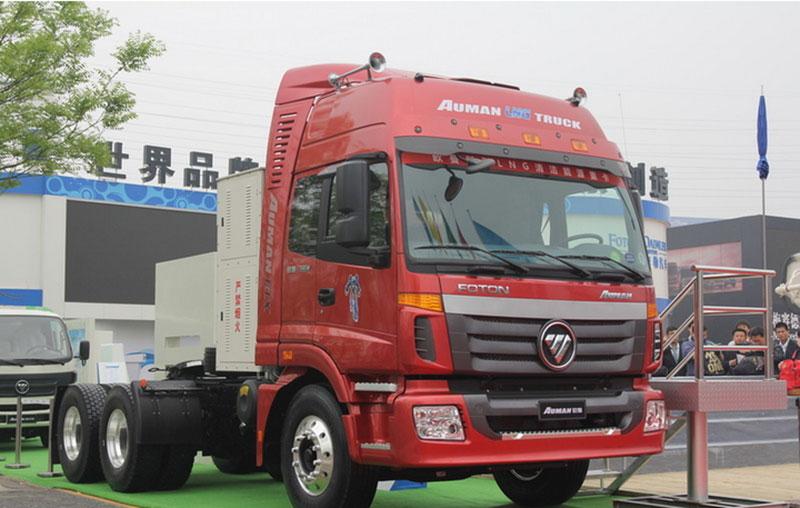 福田戴姆勒欧曼etx 6系重卡 380马力 6x4lng牵引车(etx-2490标准版)图片