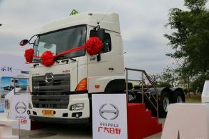 广汽日野 700系列重卡 420马力 6X4 牵引车(危险品)(YC4250SS2PK4)